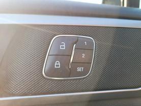 2017 Ford Fusion Energi - Image 17
