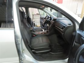 2013 Chevrolet Traverse - Image 11