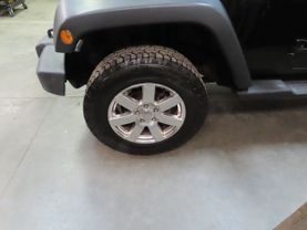 2011 Jeep Wrangler - Image 8