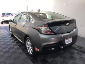 2017 Chevrolet Volt - Image 5