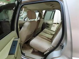 2007 Ford Explorer - Image 16