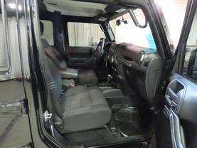 2011 Jeep Wrangler - Image 11