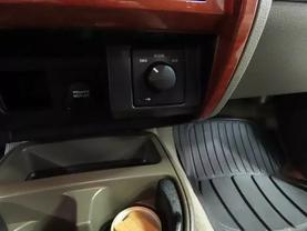 2005 Dodge Dakota Quad Cab - Image 19