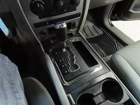 2006 Jeep Grand Cherokee - Image 19