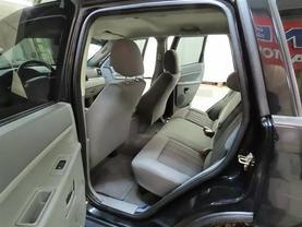 2006 Jeep Grand Cherokee - Image 14