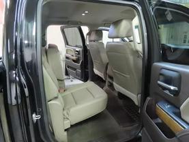 2016 Chevrolet Silverado 1500 Crew Cab - Image 12