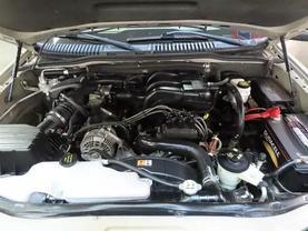 2007 Ford Explorer - Image 11