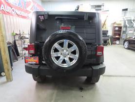 2011 Jeep Wrangler - Image 4