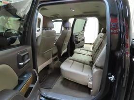 2016 Chevrolet Silverado 1500 Crew Cab - Image 16