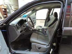 2006 Jeep Grand Cherokee - Image 15