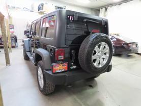 2011 Jeep Wrangler - Image 5