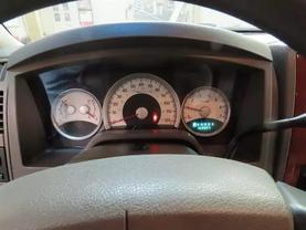 2005 Dodge Dakota Quad Cab - Image 21