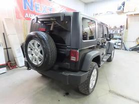 2011 Jeep Wrangler - Image 3