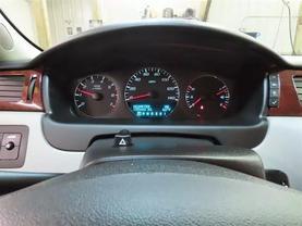 2008 Chevrolet Impala - Image 23