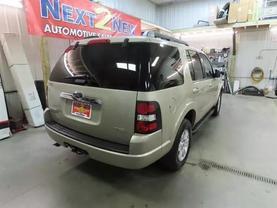 2007 Ford Explorer - Image 4