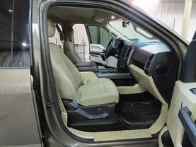 2017 Ford F150 Supercrew Cab - Image 11