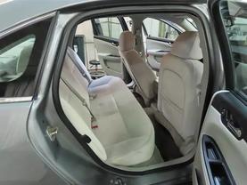 2008 Chevrolet Impala - Image 12