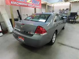 2008 Chevrolet Impala - Image 3
