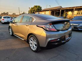 2017 Chevrolet Volt - Image 4