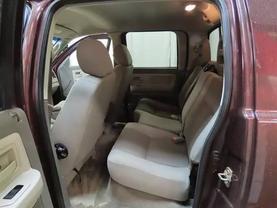 2005 Dodge Dakota Quad Cab - Image 15