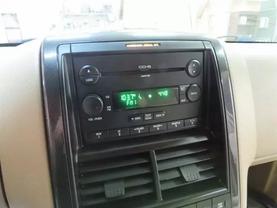 2007 Ford Explorer - Image 19