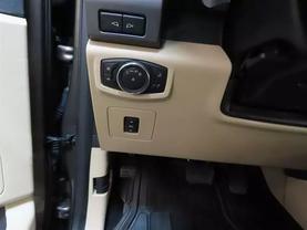 2017 Ford F150 Supercrew Cab - Image 26