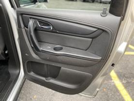 2014 CHEVROLET TRAVERSE SUV V6, 3.6 LITER LT SPORT UTILITY 4D