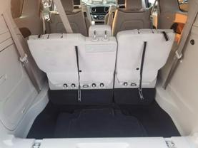 2018 Chrysler Pacifica Hybrid - Image 24