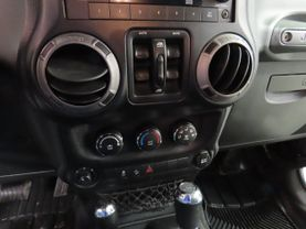2011 Jeep Wrangler - Image 18
