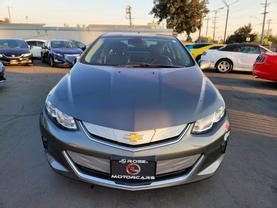 2017 Chevrolet Volt - Image 8