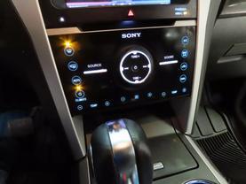 2013 Ford Explorer - Image 22
