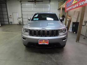 2017 Jeep Grand Cherokee - Image 7