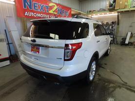 2014 Ford Explorer - Image 3