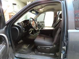 2011 Chevrolet Silverado 2500 Hd Crew Cab - Image 15
