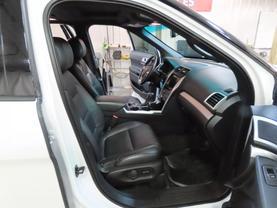 2014 Ford Explorer - Image 11