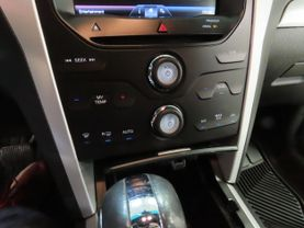 2014 Ford Explorer - Image 22