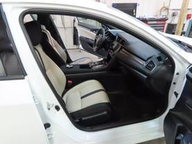 2019 Honda Civic - Image 11