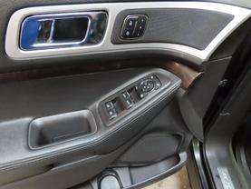 2013 Ford Explorer - Image 20