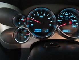 2011 Chevrolet Silverado 2500 Hd Crew Cab - Image 21