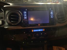 2016 Toyota Tacoma Double Cab - Image 10