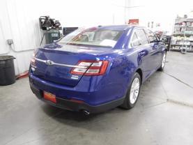 2015 Ford Taurus - Image 5