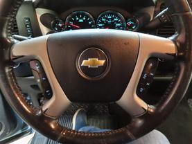2011 Chevrolet Silverado 2500 Hd Crew Cab - Image 19