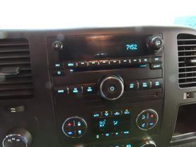 2011 Chevrolet Silverado 2500 Hd Crew Cab - Image 17