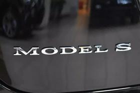 2015 Tesla Model S - Image 57