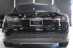 2015 Tesla Model S - Image 4