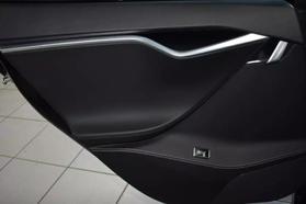 2015 Tesla Model S - Image 14