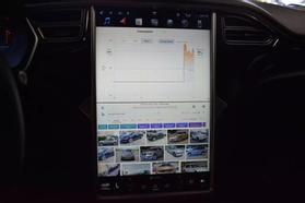 2015 Tesla Model S - Image 37