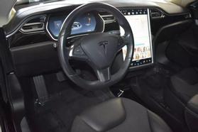 2015 Tesla Model S - Image 13