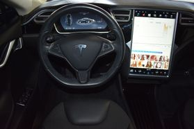 2015 Tesla Model S - Image 18