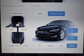 2015 Tesla Model S - Image 39